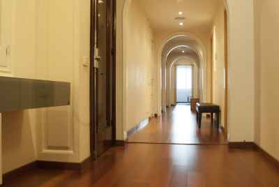 Wonderful 5 bedroom apartment with chimney in a prestigious district of Barcelona